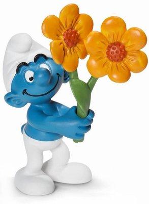 Smurfen figuurtje met bloemen