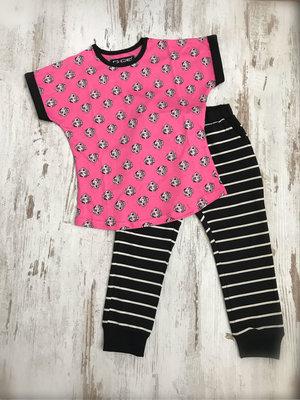 DICE Kinderpyjama met hondjes print, fuchsia / zwart / beige